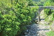 荒瀬橋5月
